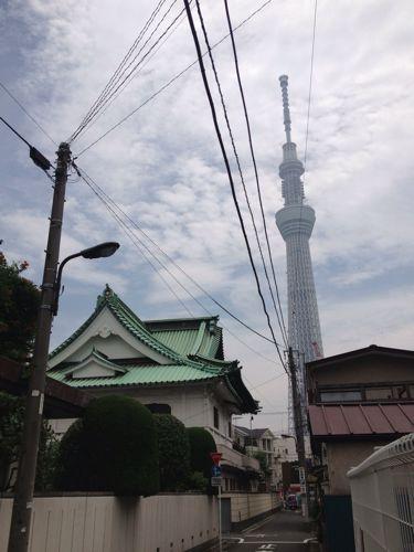 東京スカイツリーとお寺
