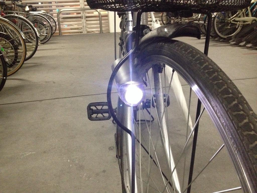 自転車のライトに! Panasonic ワイドパワーLEDかしこいランプV2 前照灯 SKL083