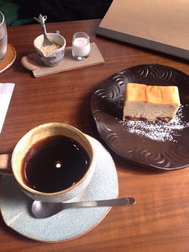 辻堂の小さなカフェ 「omote coffee(辻堂西口)」