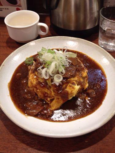 「浪速オムライス(心斎橋)」で後輩とランチを食べてきました