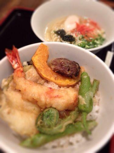 色とりどり!「沖縄料理うみかぜ(八丁堀)」で天丼ランチ