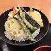 大阪でさくっとえび天丼を食べてみた。「えび頼み あべちか店(大阪・天王寺)」