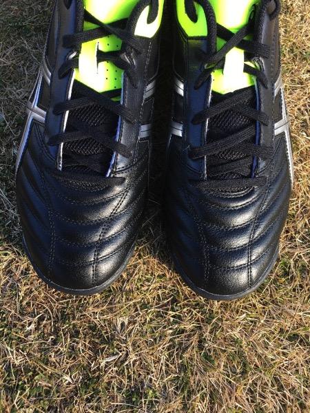 asics futsal shoes