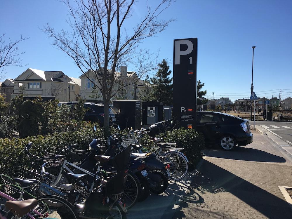 湘南T-SITE駐車場